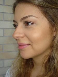 Make look básico (batom Rosa claro)