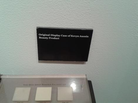 Display original da sua marca de Maquiagem!
